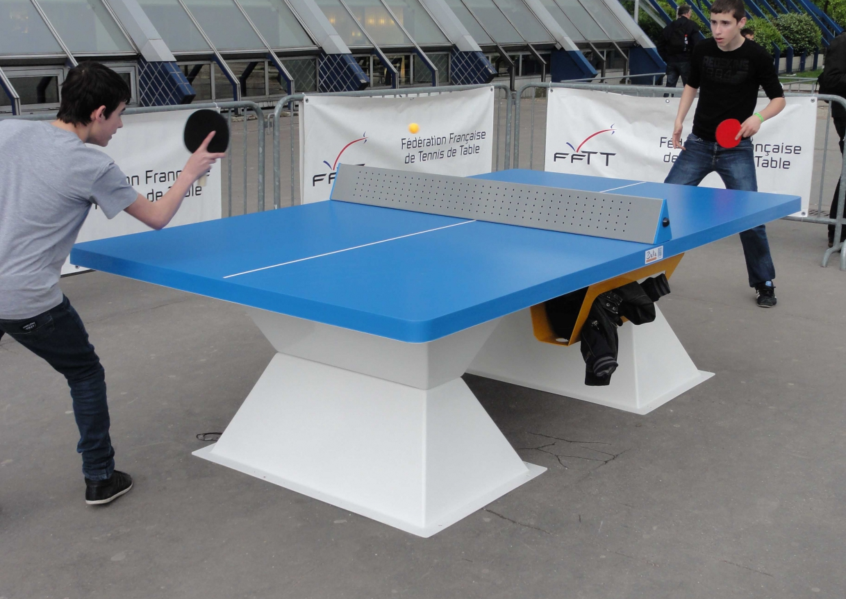 Diabolo Outdoor Table Tennis Table Caloo Ltd