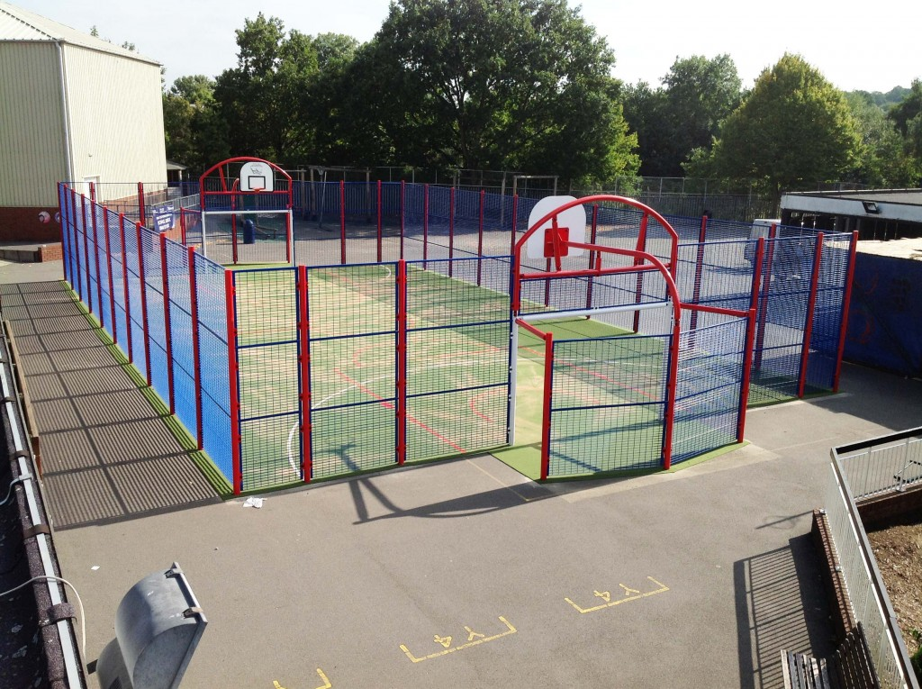 Sports Court 3m Side Fencing Caloo Ltd